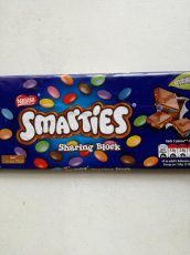 Nestlé Smarties Orange Milk Chocolate Giant Tube 130g